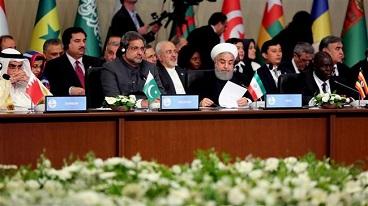President Rouhani urges world to boycott Israel