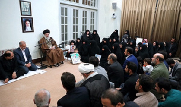 Families of volunteer martyrs who defended the holy shrines meet Leader of the Islamic Revolution Ayatollah Seyyed Ali Khamenei