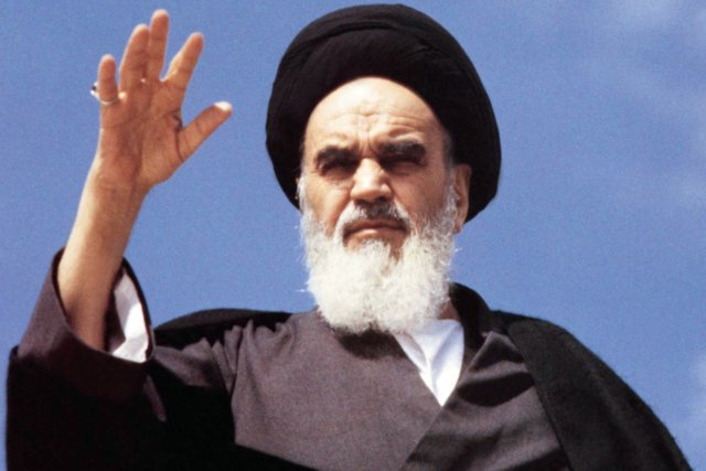 All of us suffer from the US plots and conspiricies, Imam Khomeini warned