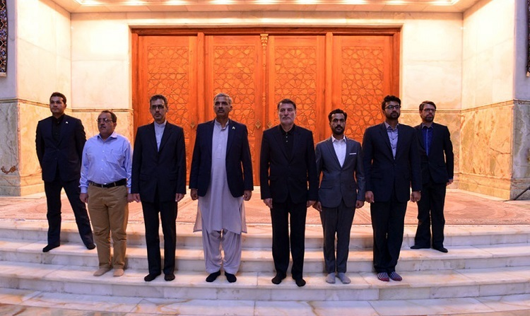 Adviser to Pakistani defense minister pays respect to Imam Khomeini