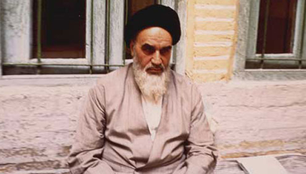 Why photographers were no longer willing to take Imam Khomeini's photos?
