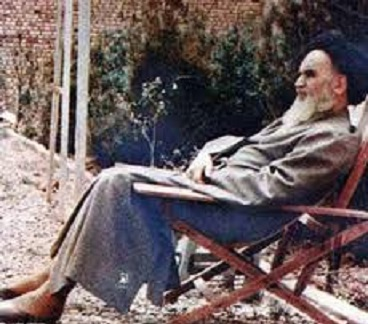 Purification is prior to teaching and learning, Imam Khomeini defined