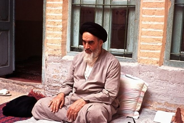 Imam Khomeini stressed need for departing from the `self' , efforts for purification