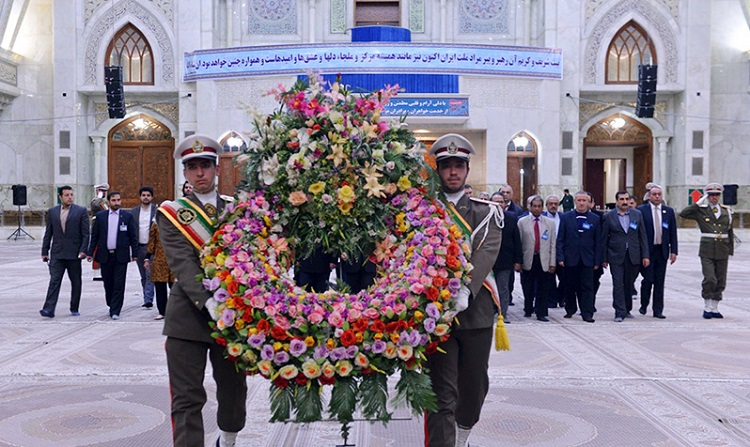 Medical forensic experts from Islamic countries pay respect to Imam Khomeini