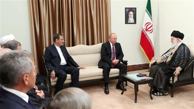 Leader says Iran, Russia can cooperate to contain US
