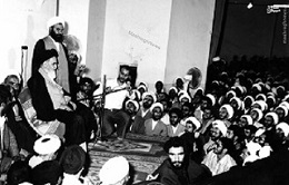 Imam Khomeini`s defined authentic and appealing preaching principles