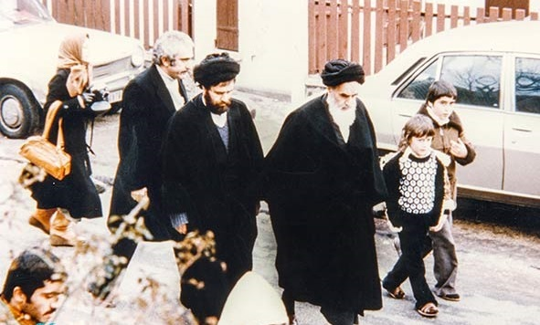 Video: What does Imam Khomeini say about  journey to Allah?