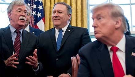 Analyst says Trump`s cronies driving US into war with Iran