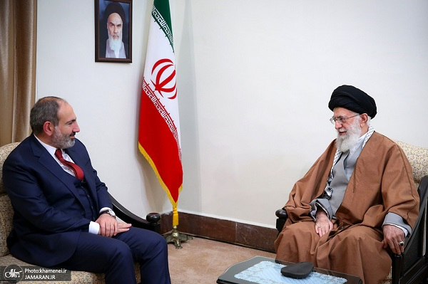 Armenian prime minister meets the leader of Islamic Revolution