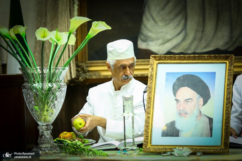 Zoroastrians marked 30th passing anniversary of Imam Khomeini