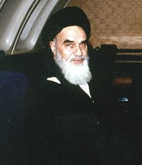 Why Imam decided to come to Iran in spite of all disagreements?