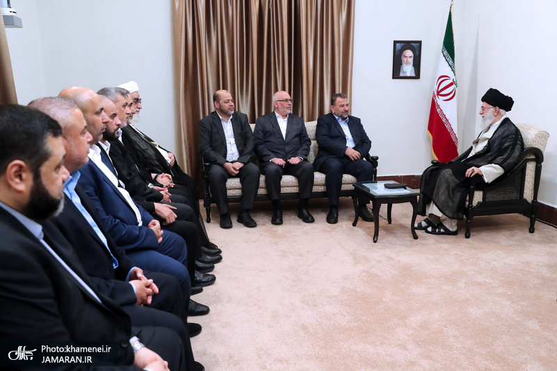 Deputy head of the Hamas Political Bureau meets Leader of the Islamic Revolution Ayatollah Seyyed Ali Khamenei