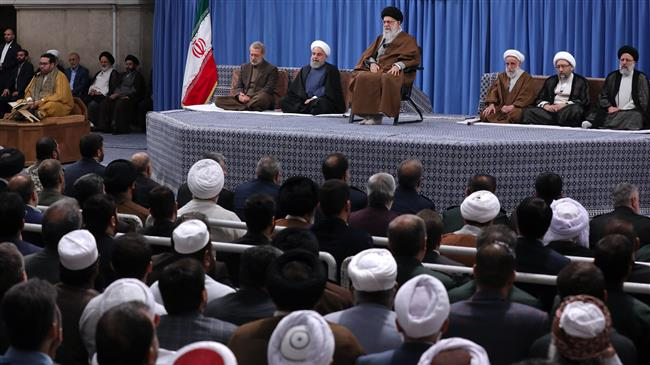 Leader says Iran to keep helping the Palestinians with no reservation