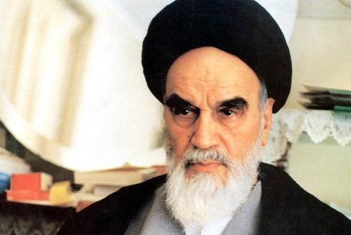Imam Khomeini never reacted to personal insults inflicted against him
