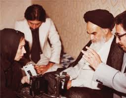 Imam Khomeini sought media to play role of mobile schools, source of genuine information