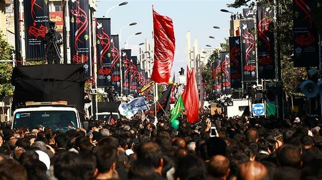 Iranians attend processions in millions to mark Tasu'a