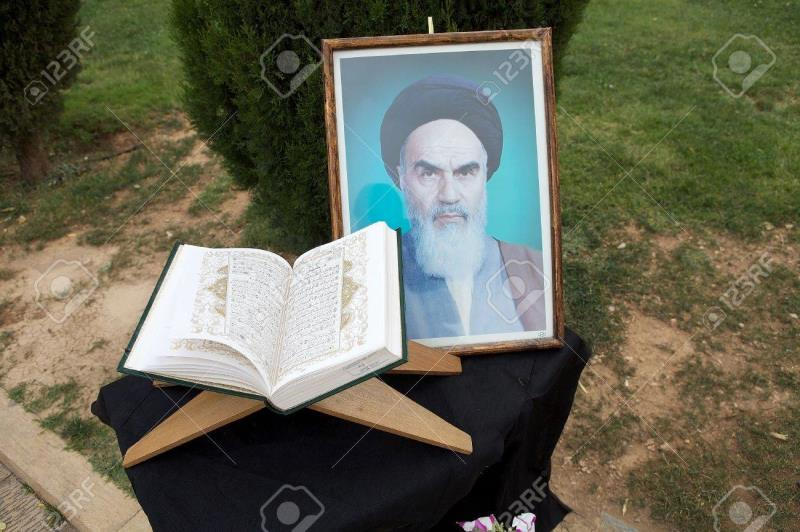 Obstacles towards Understanding the Quran in the View of Imam Khomeini