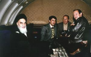 The story of Imam's historic return to Iran in the words of  his companions and residents of Nofel Loshato