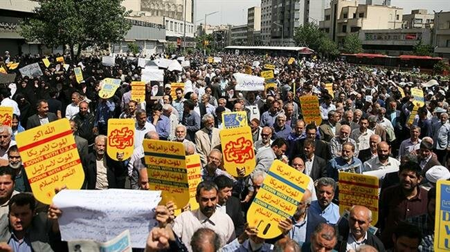 Iranians stage massive rally in support for countermeasures against US nuclear withdrawal