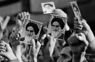 Imam Khomeini`s divine character and Islamic spirit boosted struggle for revolution