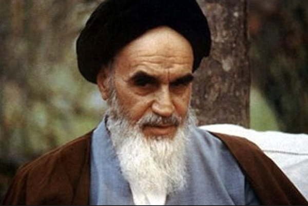 Humans are immersed in the mercy and compassion of God, Imam Khomeini elucidated