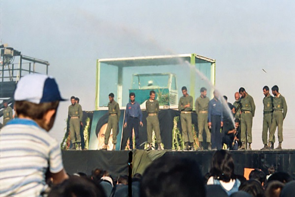 Rarely seen photos of Imam Khomeini`s funeral