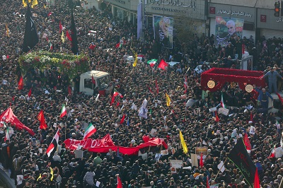 Huge sea of mourners descended in central Tehran to pay homage to Gen. Soleimani
