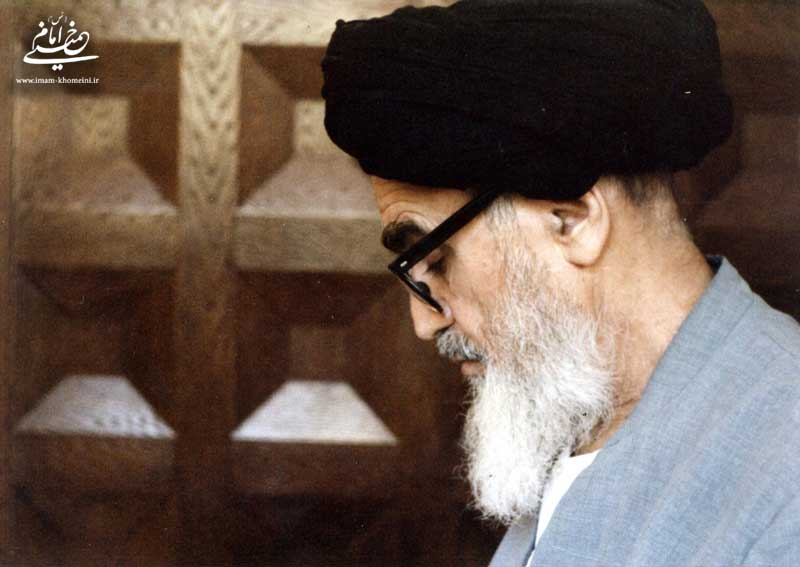 Imam Khomeini stressed self-purification as prelude to correct society