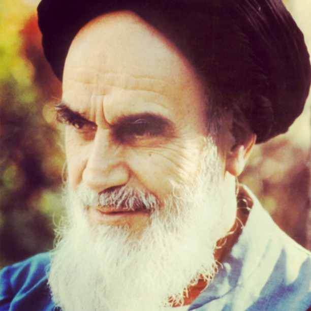 Imam`s face and his looking was visualization of positive morality and mysticism