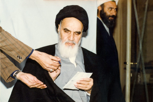 Imam Khomeini explained secret of victory