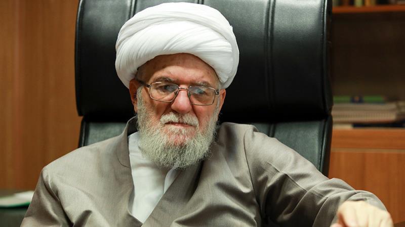 Leader expresses condolences over passing of Ayatollah Taskhiri