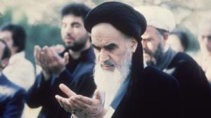Believer's hearts should be overflowing with the love of God, Imam Khomeini explained