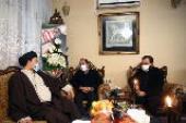 Presence of Seyyed Hassan Khomeini in Martyr Fakhri Zadeh`s house