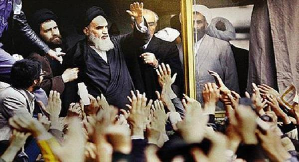 Imam Khomeini`s important advice: Let people participate in all affairs