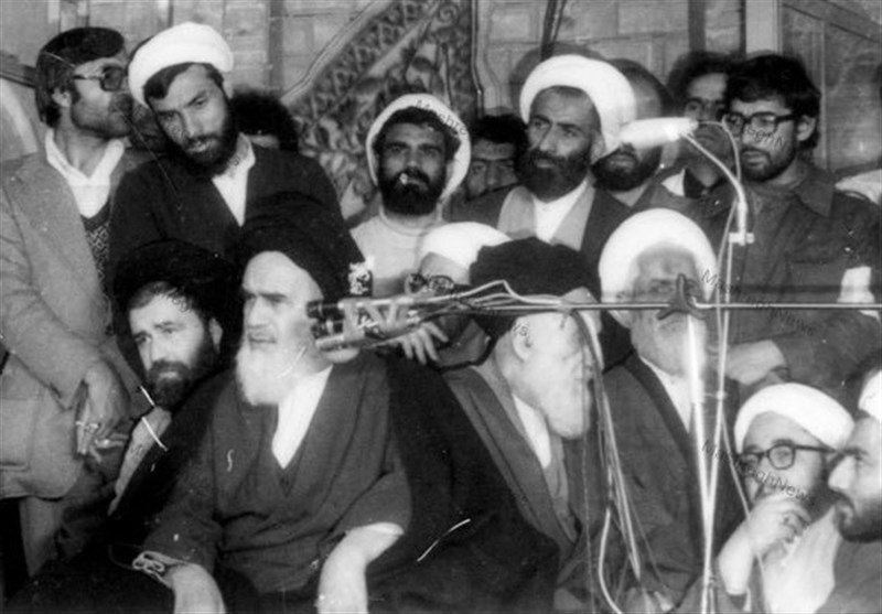 Imam Khomeini did not like seminary students to waste their time