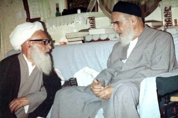 Imam Khomeini's personality had been reminder of God