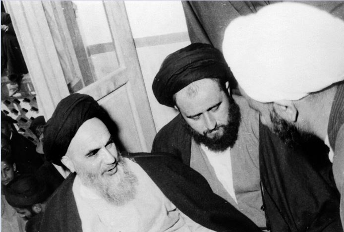 Imam Khomeini confronted flattering tongue by Shah's Savak chief