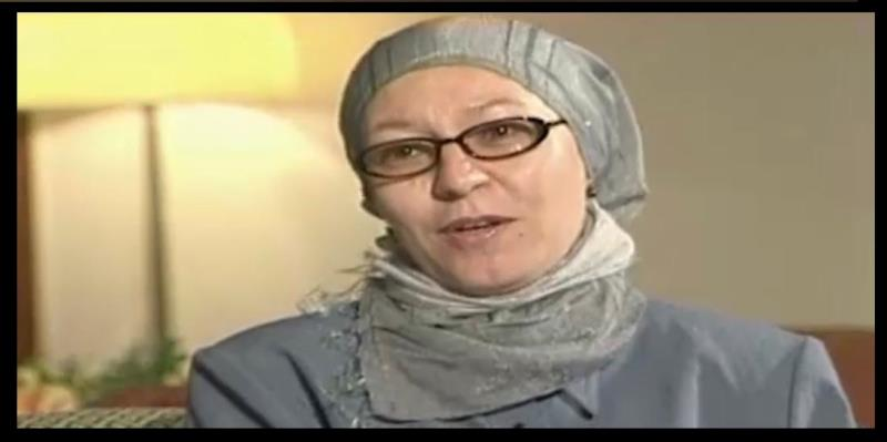 """Interview with Ms. Dr. Mobina Moukar, Translator of """"Complete Poetical Works of Imam Khomeini"""" in Bosnian"""
