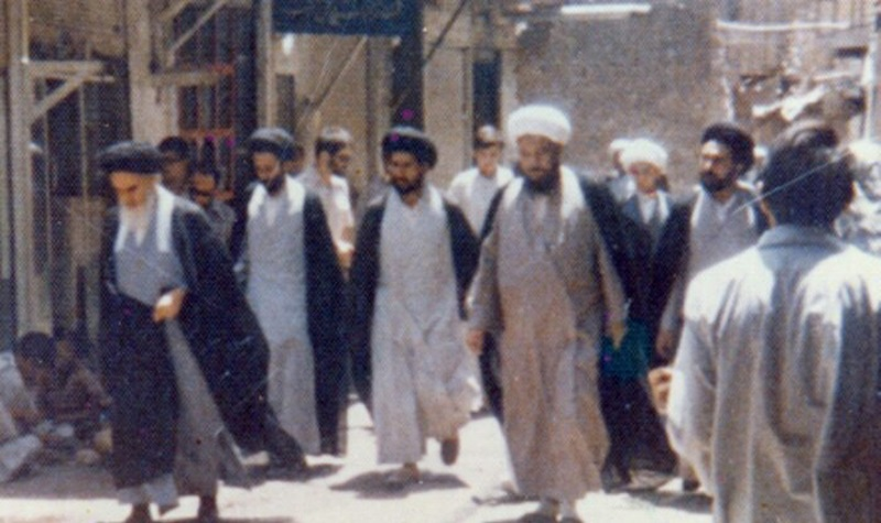 Imam Khomeini boosted companions' spirit up in exile during tough circumstances