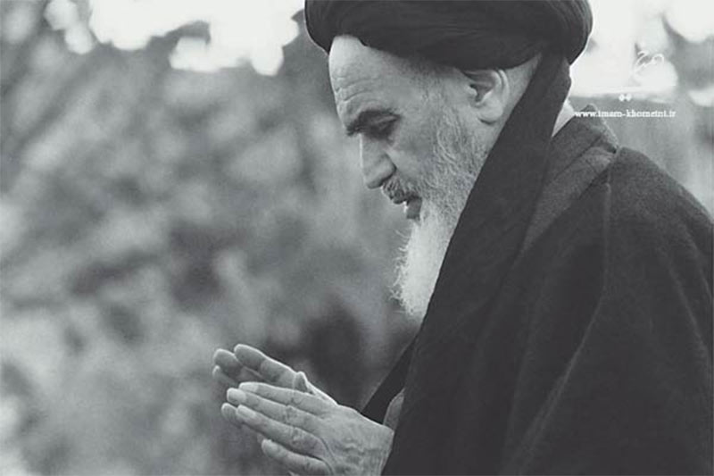 Imam Khomeini advised about Keeping disputes and strife far from your hearts