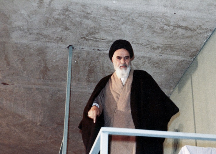 Life, power, knowledge are shadows of God`s attributes, Imam Khomeini explained