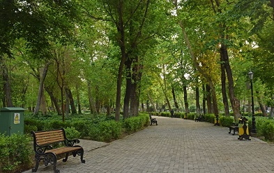 Iranians mark Nature Day at home amid coronavirus pandemic