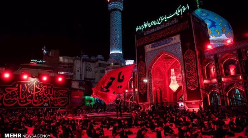 Iranian mourners commemorate Tasu'a