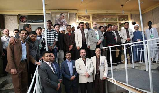 Some students participating in international Quranic contests pay a visit to Imam Khomeini's historic residence in Jamaran