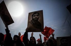 Adieux somptueux du peuple iranien au Martyr Mohsen Hojaji