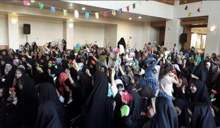 La cérémonie de célébration de l`anniversairede lanaissance de la noble Ma`assoumeh