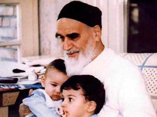 Quel était le conseil de l`Imam Khomeiny pour l`éducation des enfants?