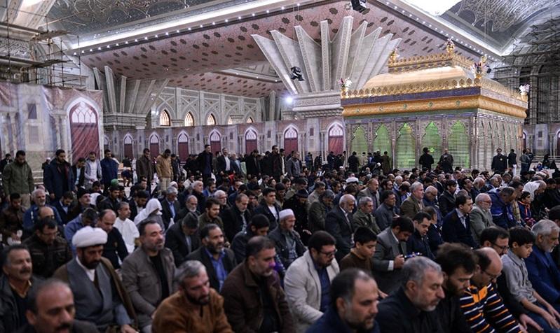 La cérémonie de commémoration du martyre de I`Imam Hasan al-Askari au mausolée de l`Imam Khomeiny