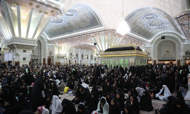 Les nuits de Ghadre au mausolée Saint de l`Imam Khomeini