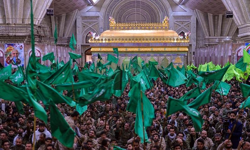 Commémoration de la Semaine du Basij au saint mausolée du l`Imam Khomeiny